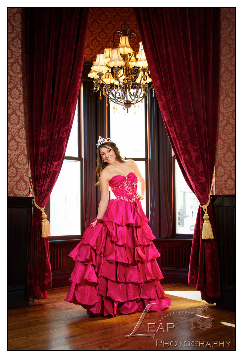 Quinceanera photo at Adelmann Building