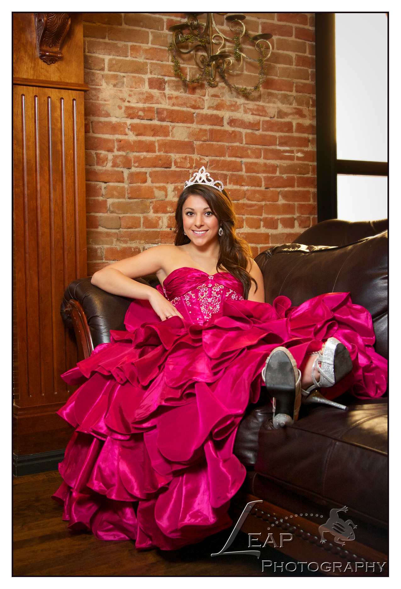 Quinceanera picture of girl in fuschia dress