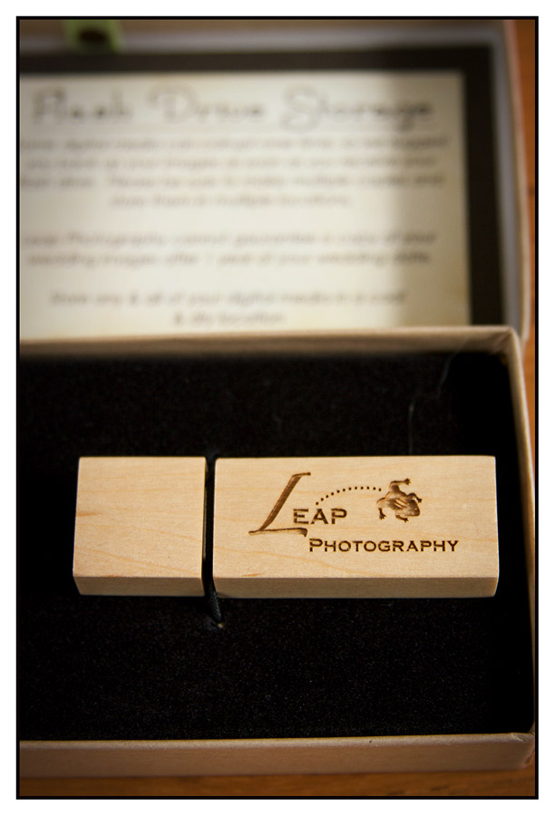flash drive packaging for photographer