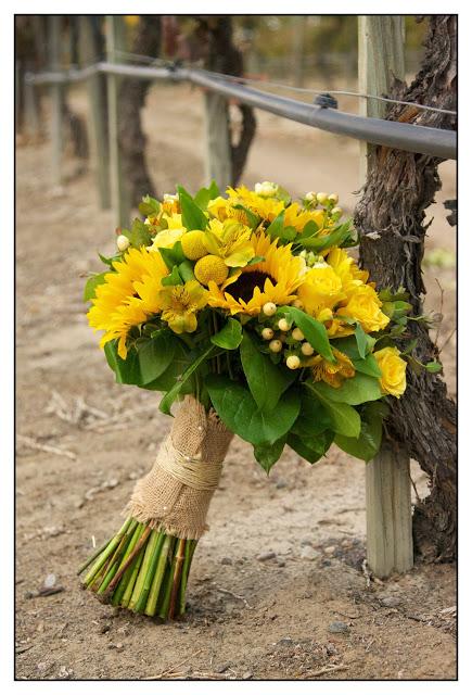 wedding boquet with sunflowers