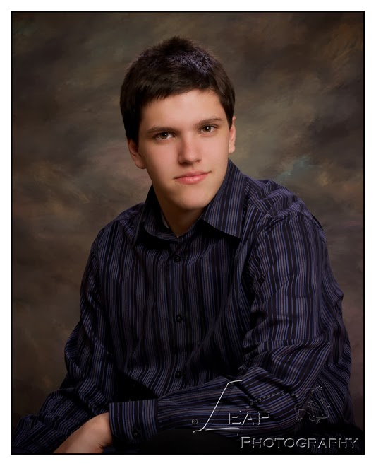 senior portrait in studio