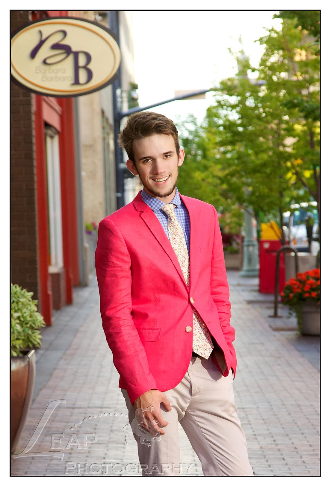 senior portrait in downtown Boise