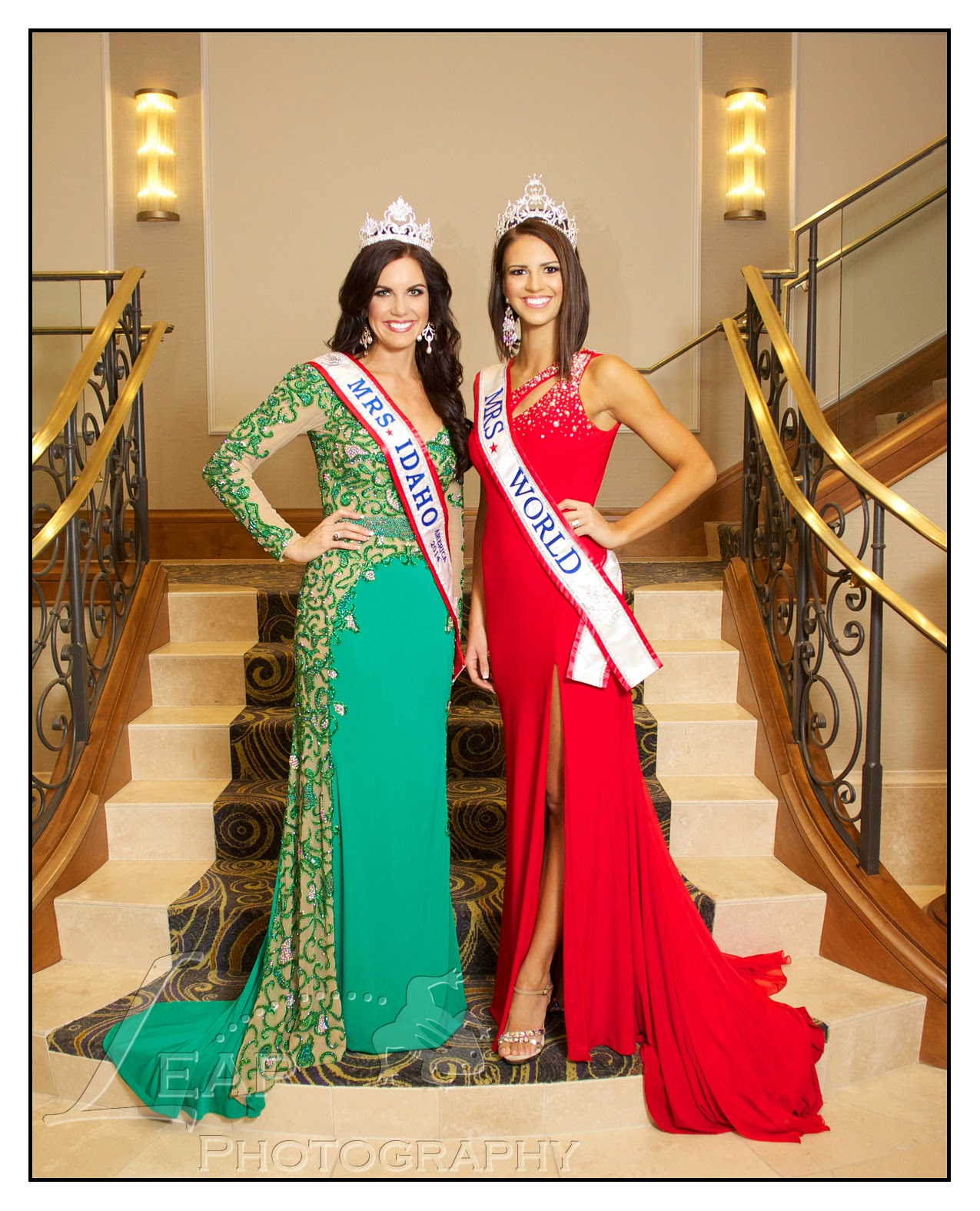 Mrs. Idaho 2014 & Mrs. World 2014 on staircase