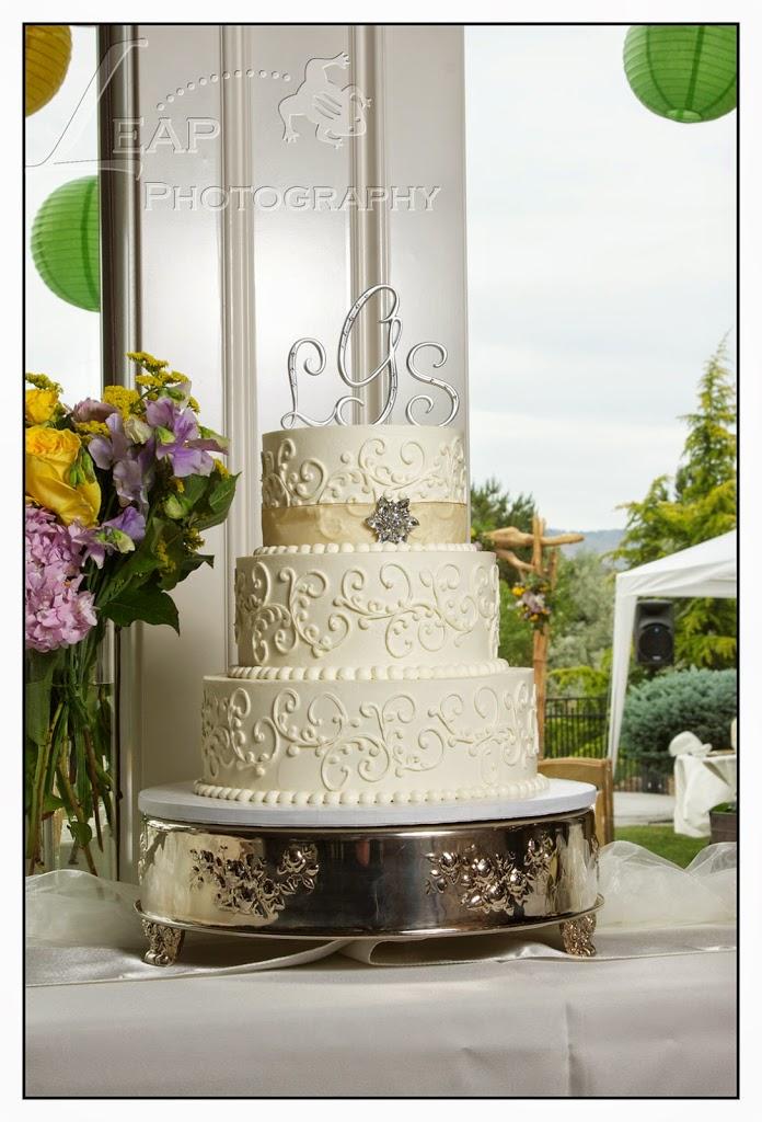 Wedding cake from Boise Wedding