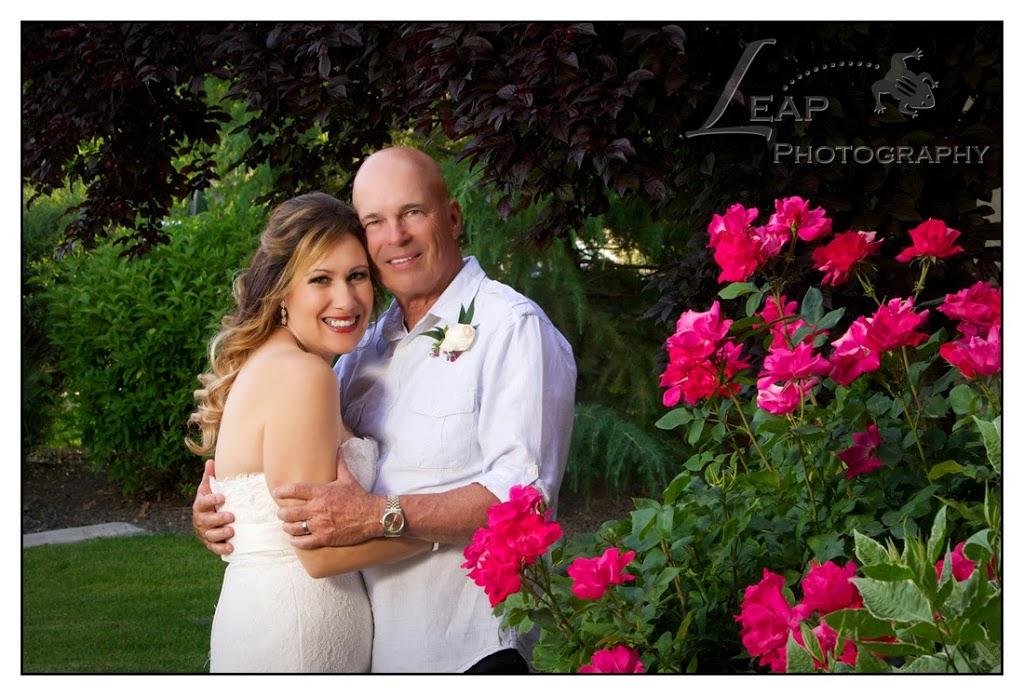 wedding portrait of boise couple in the garden