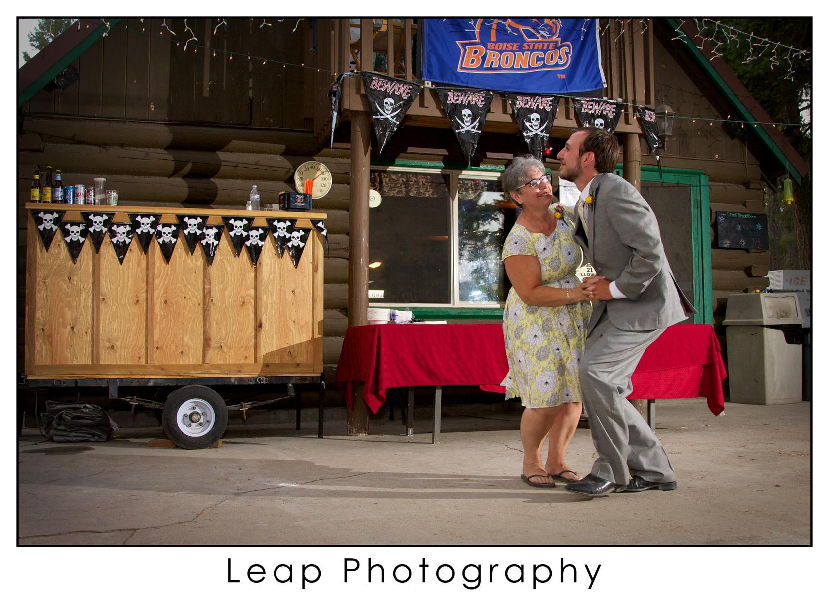 Boise_Idaho_Wedding-Photographers_Warm-Lake_012A