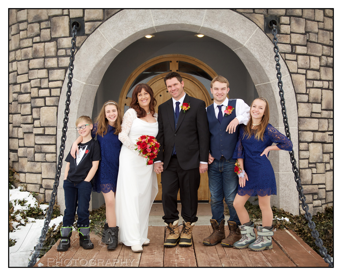 Castle garden 39 s elopement jennifer mark boise wedding for Local wedding photographers