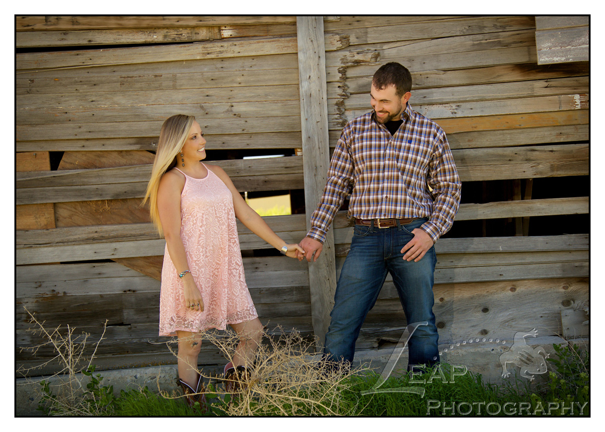 outdoor engagement picture