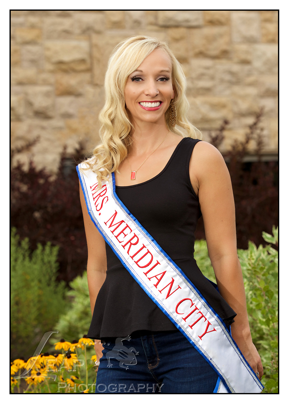 professional headshot of Mrs. Idaho Contestant