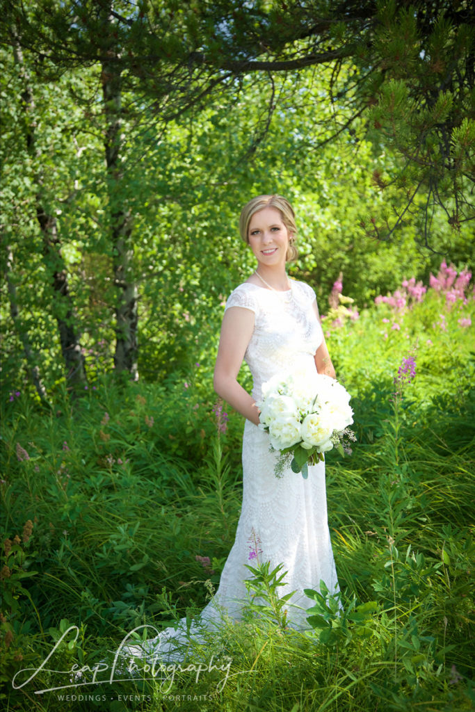 wedding picture of Boise Bride