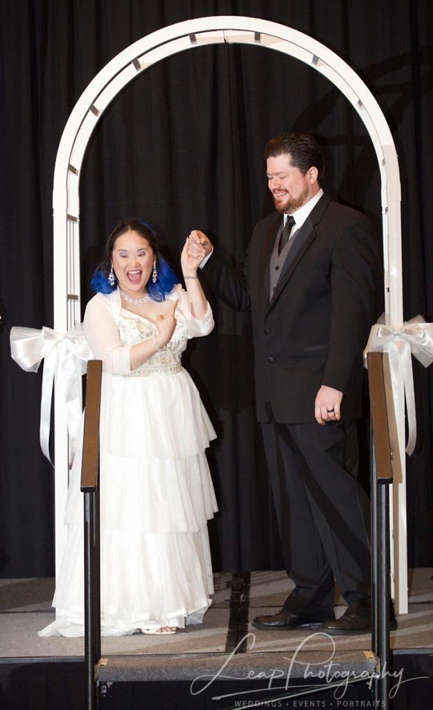 wedding ceremony candid photo