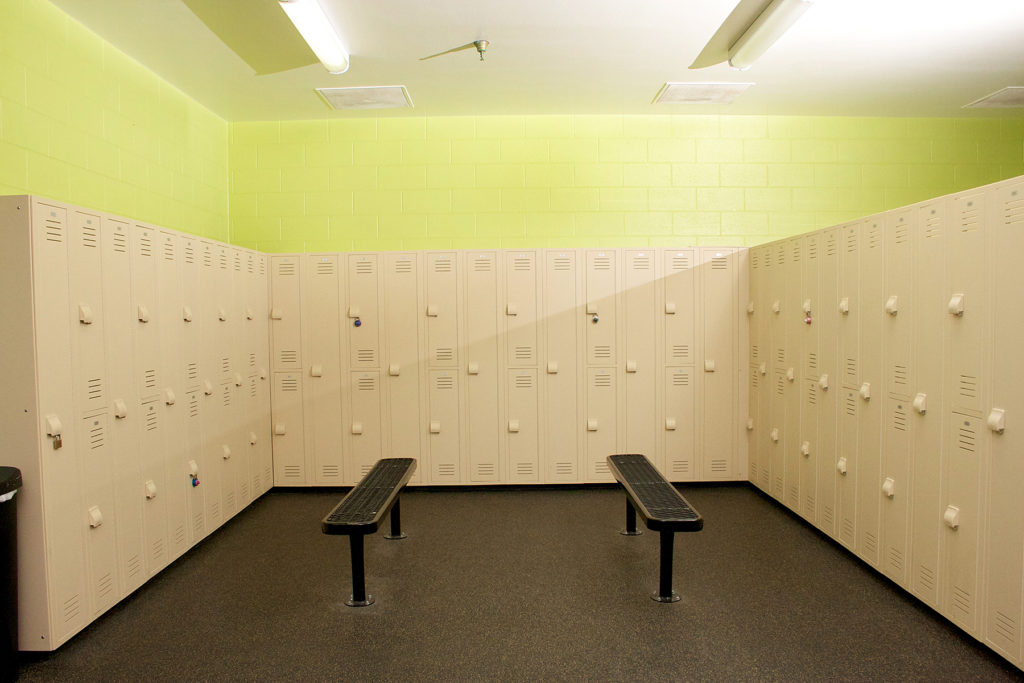 commercial real estate photo of locker room