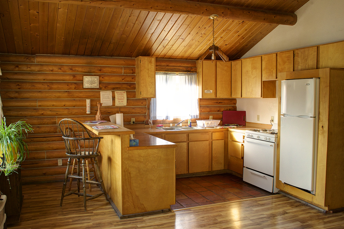 twin-springs-cabin-interior