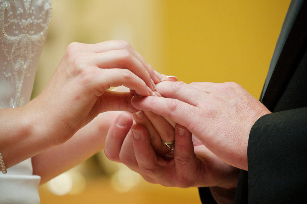 exchange of wedding rings at a boise wedding